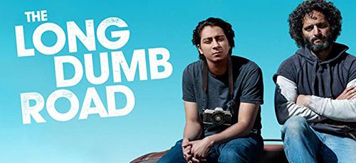 2 10 - دانلود فیلم سینمایی The Long Dumb Road 2018 جاده طولانی گنگ با دوبله فارسی
